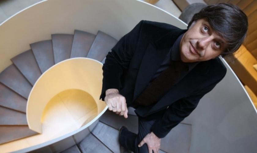 """Andrés Barba y los límites del humor en """"Encuentros Civican"""""""