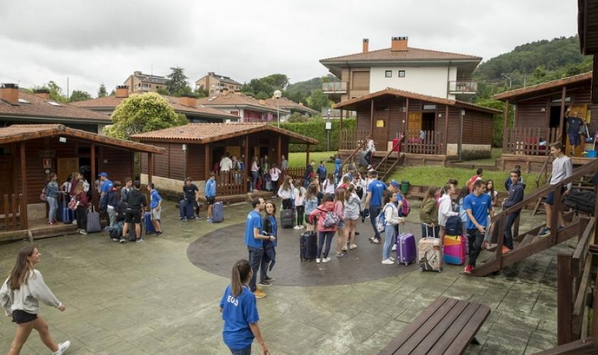 Fundación Caja Navarra beca a personas en riesgo de exclusión para el Campus Hondarribia