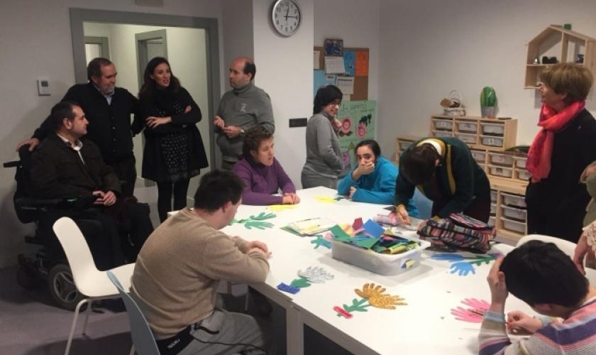 Visita del Patronato a diversos proyectos propios sociales de Fundación Caja Navarra