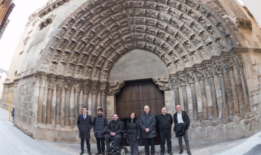 Fundación Caja Navarra colabora con la restauración de la Puerta del Jucio de Tudela