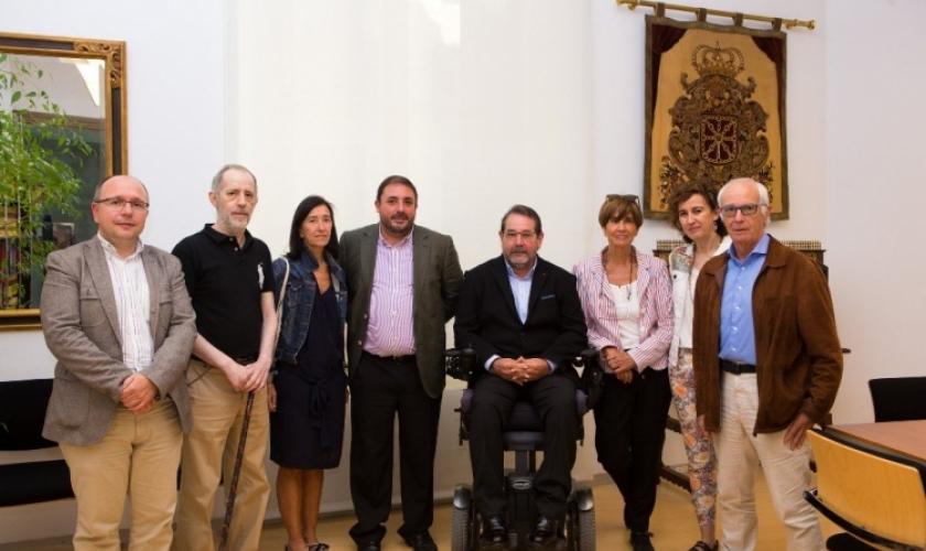 Visita institucional al Parlamento de Navarra